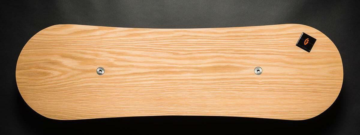 Trabbic Snow Walnut balansebrett - ståbrett til hev senk bord